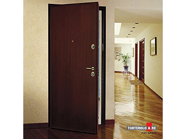 porte blind e torterolo energie fenetre. Black Bedroom Furniture Sets. Home Design Ideas